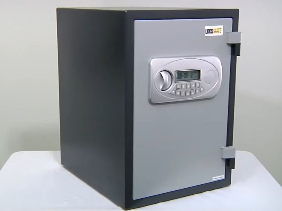 cheap fireproof safe